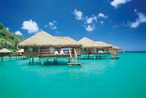 Французская полинезия. Водное бунгало для туристов