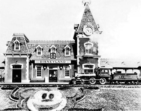 Первый парк развлечений в США, 1955 год